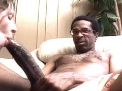 cum se îmbunătățește o erecție la 70 de ani cum mi- am torturat penisul